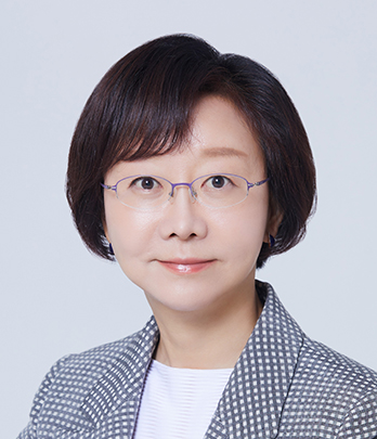 Ministry of Food and Drug Safety Minister. LEE Eui-Kyung